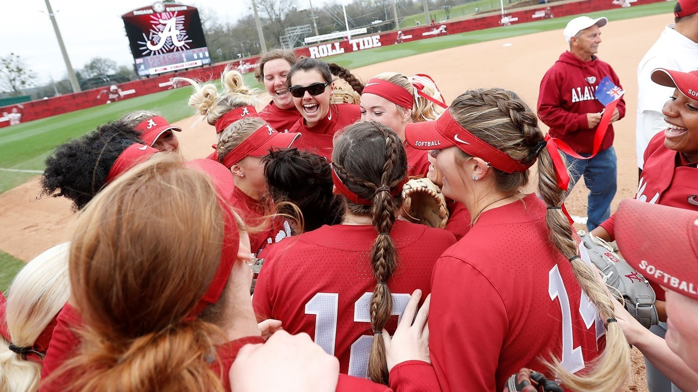 Softball Takes First Loss of Season in Walk-Off Fashion Sunday at Texas A&M