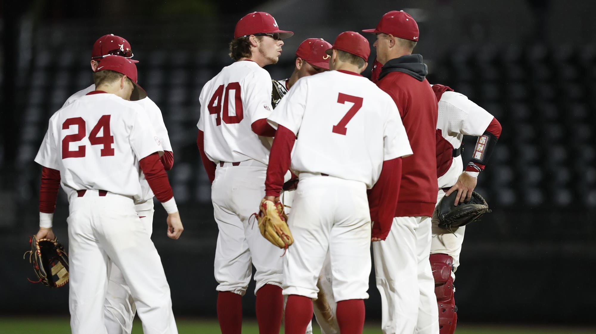 Back-and-Forth Contest Goes Against Baseball in 7-4 Loss to No. 5 Vanderbilt